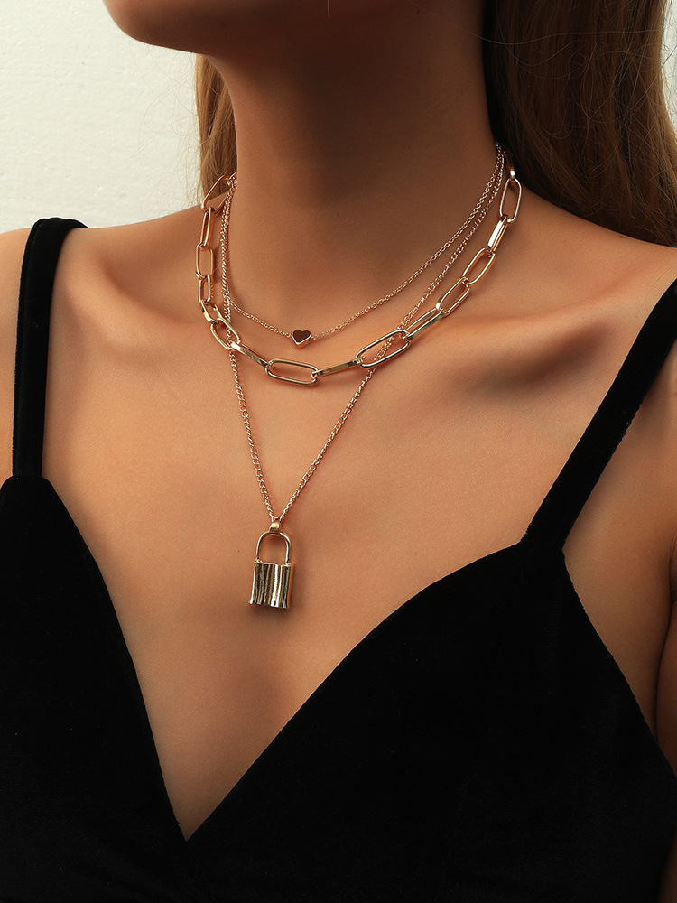 thick chain lock multilayer necklace  NHBD314246
