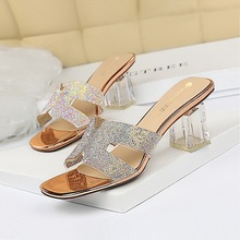 Han edition 838-1 daily female fashion cool slippers transparent with thick with delicate high-heeled hollow transparent diamond slippers