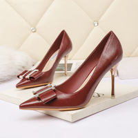 7123-1 in Europe and the sexy pointed shallow mouth high-heeled shoes web celebrity party show thin diamond women's shoes heel shoes