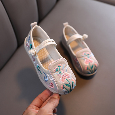 Shoes children Chinese folk dance hanfu embroidered shoes Beijing shoes Baobao ancient performance shoes girls Hanfu shoes