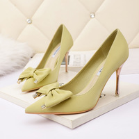 7123-2 in Europe and the sexy pointed shallow mouth high-heeled shoes nightclub show thin bowknot is women's shoe web celebrity party shoes