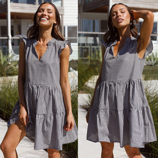 Spot 2021 spring and summer new women's European and American foreign trade cross-border plaid V-neck pleated loose casual dress
