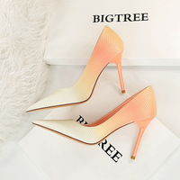 The 1932-10 han edition style sweet female high-heeled shoes lighter pointed satin color gradient color matching high documentary shoes