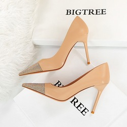 The 869-10 han edition high fashion party show thin fine with high heels with shallow mouth dazzling diamond point single shoes for women's shoes