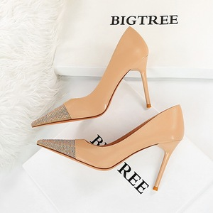 The 869-10 han edition high fashion party show thin fine with high heels with shallow mouth dazzling diamond point singl