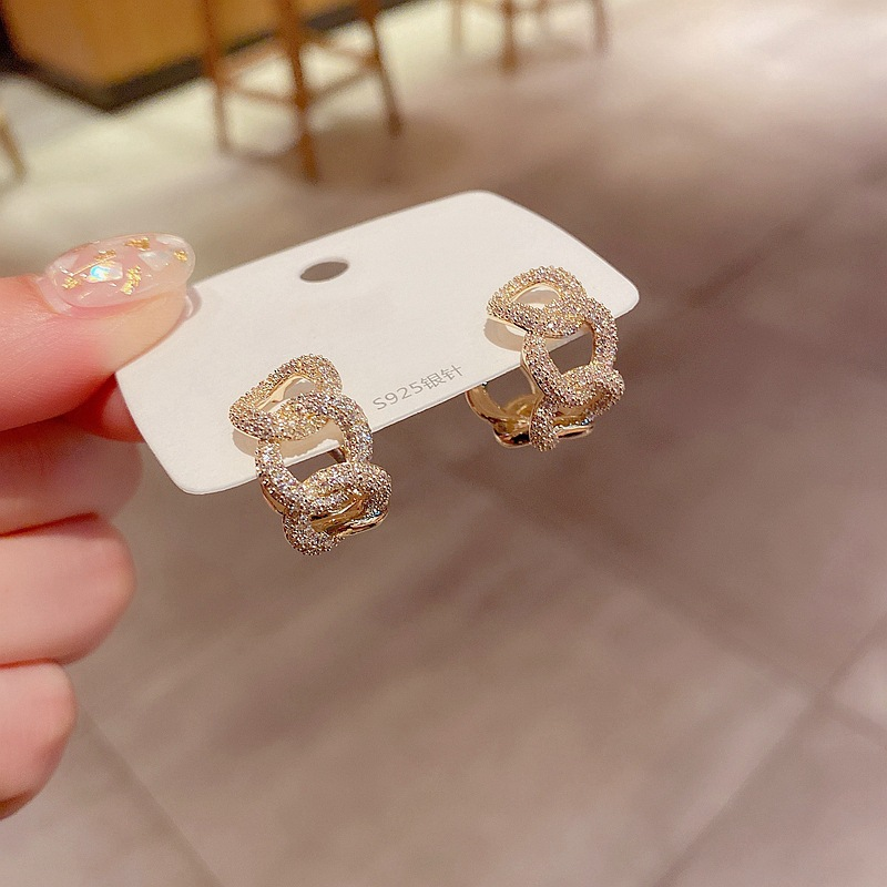 Fashion Real Gold Plated Micro-inlaid Zircon C-shaped Chain Earrings