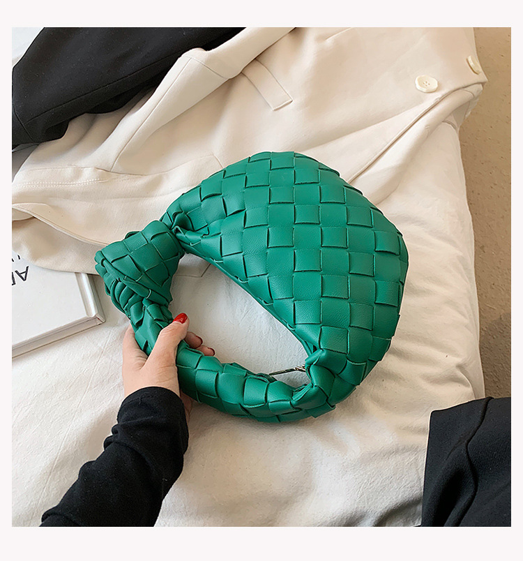 solid color woven knot portable croissant bag wholesale Nihaojewelry NHTG397781