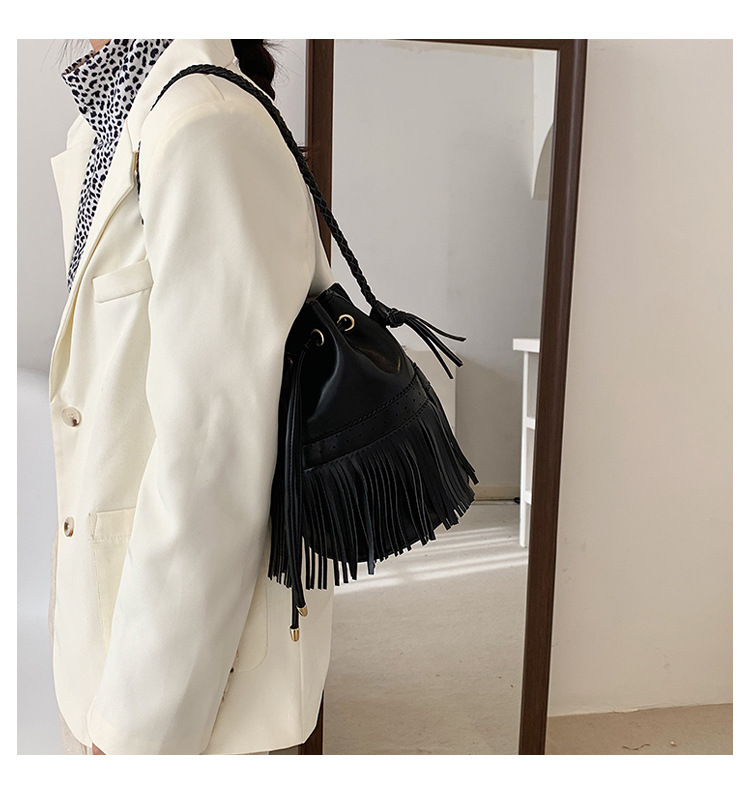 new trendy texture fashion messenger bucket bag NHLH315983