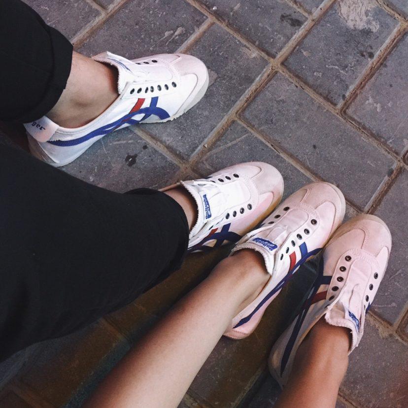 夏季鬼冢虎男女帆布鞋一脚蹬 懒人鞋运动鞋 男女休闲鞋一件代发