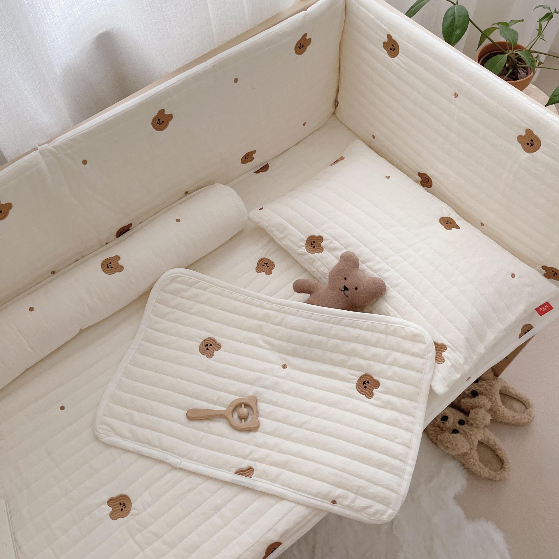 韩国ins宝宝午睡床垫薄垫 卡通刺绣婴儿床纯棉衍缝床单拍照背景垫