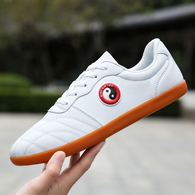 Tai Chi chinese kung fu shoes for men and women Soft leather rubber soles Breathable wushu martial sports shoes Tai Chi quan training shoes