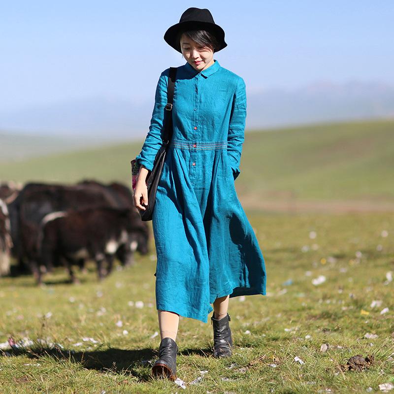 棉麻女装2021春夏新款亚麻长袖腰部绣花文艺范中长款孔雀蓝连衣裙