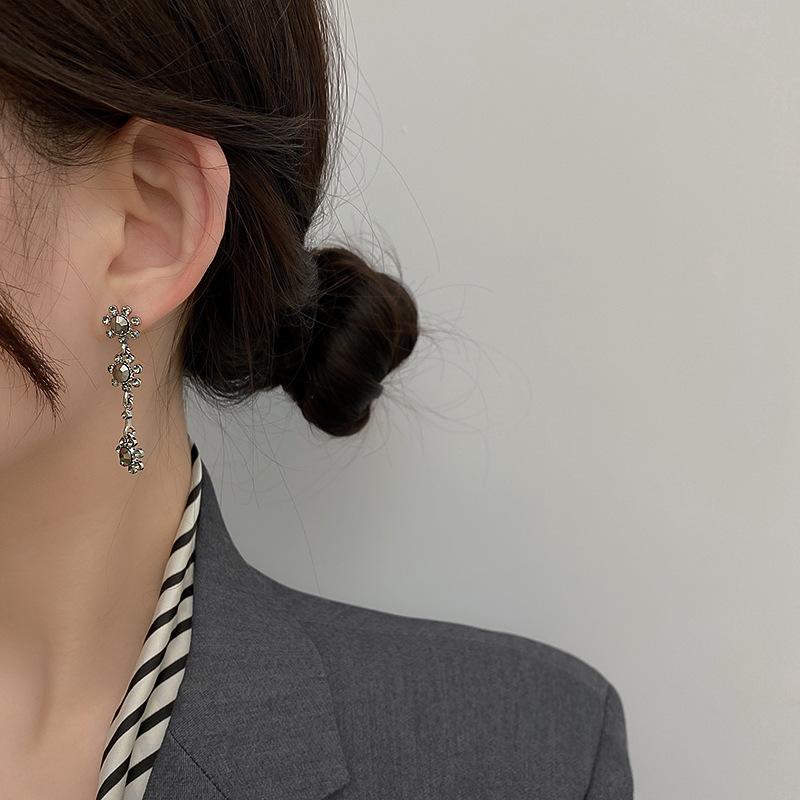 simple diamond flower earrings NHNJ316545