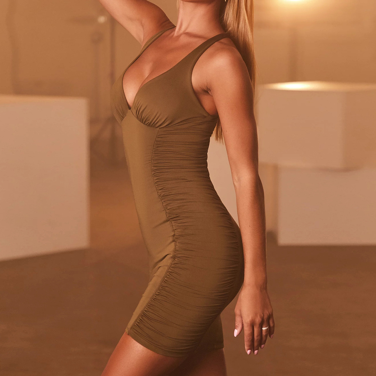 spring new V-neck sexy pleated dress NSZY22583
