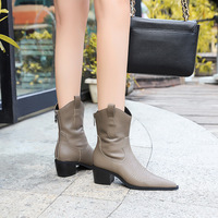 009-3 the European and American wind restoring ancient ways is thick with high with pointed after the vogue of new fund of winter boots zipper boots boots