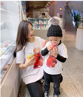 Parent-child wear 2021 spring baby romper cartoon bear short-sleeved T-shirt family of three mother-child mother-child women's clothing trend