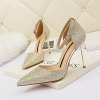 6222-1 in Europe and the sexy pointed high-heeled shoes with a word show thin web celebrity sandals fine diamond for women's shoes to the feast