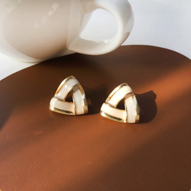 Retro Triangle Hollow Oil Drop Earrings Wholesale NHBY332710