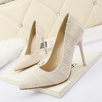 3088-6 in Europe and the sexy pointed shallow mouth high-heeled shoes show thin joker ruffle fine documentary web celebrity party shoes for women's shoes