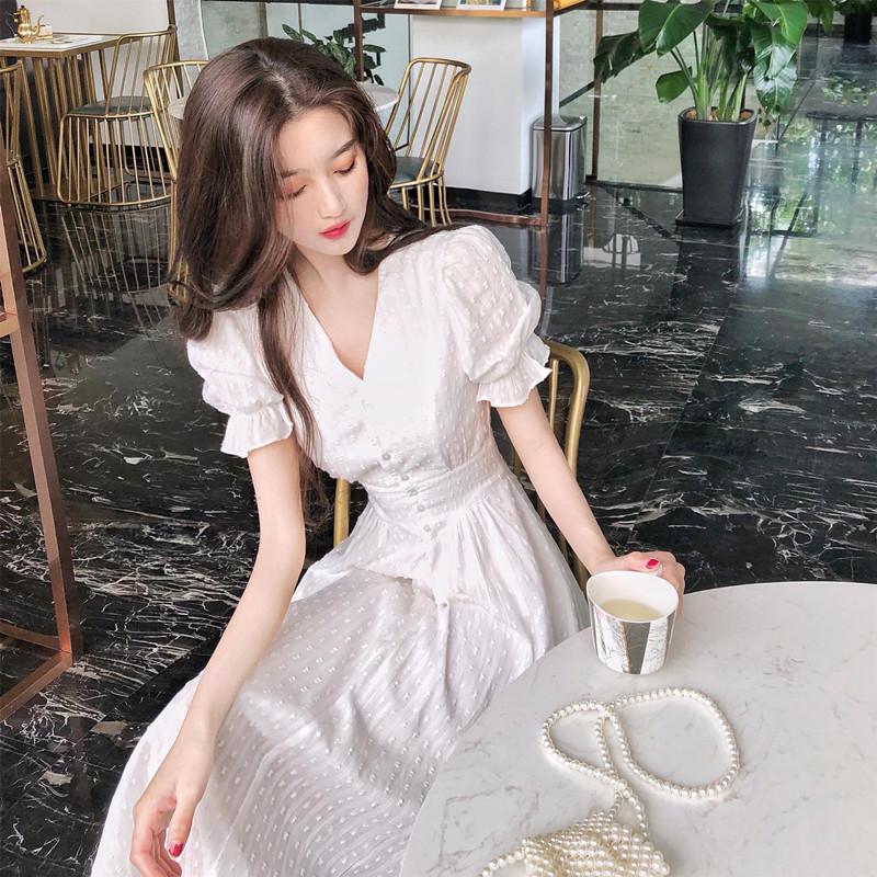 2021春夏新款白色赫本风法式复古小白裙小香风甜美气质连衣裙