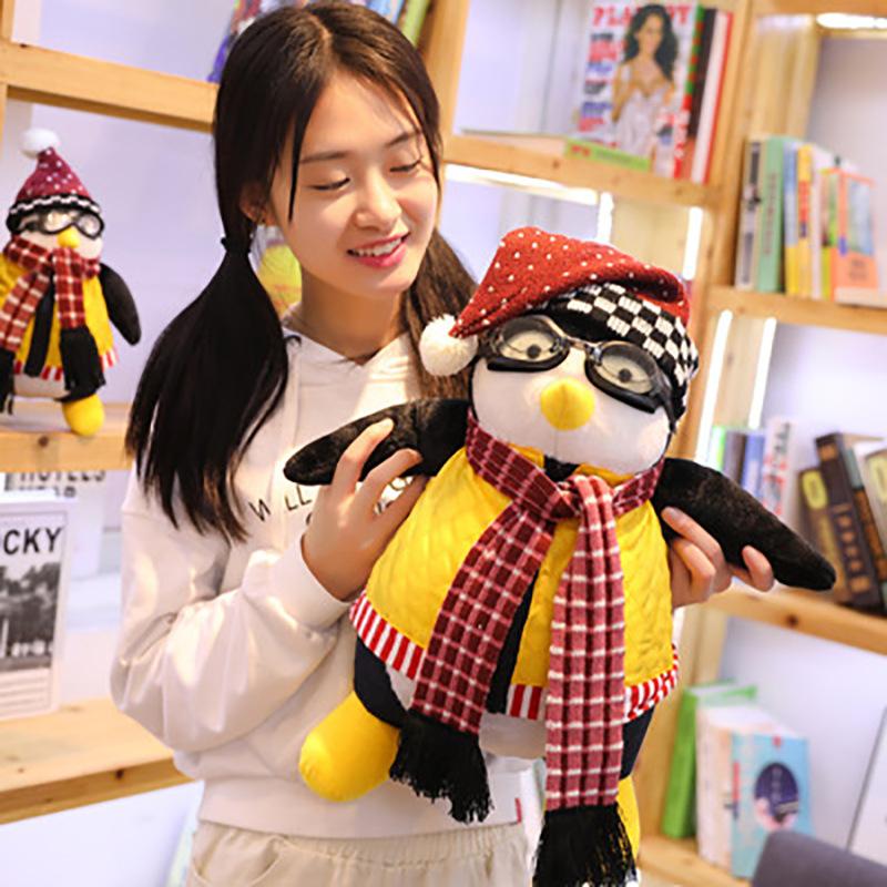 卡通动漫毛绒玩具公仔老友记周边企鹅娃娃玩偶摆件儿童玩具礼物