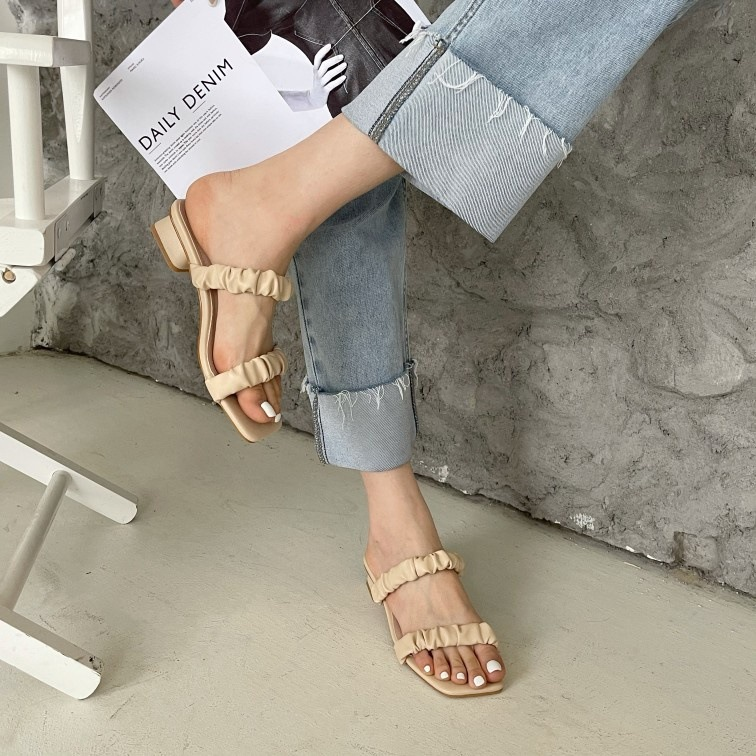 Soft leather open toe thick heel sandals NSHU44079