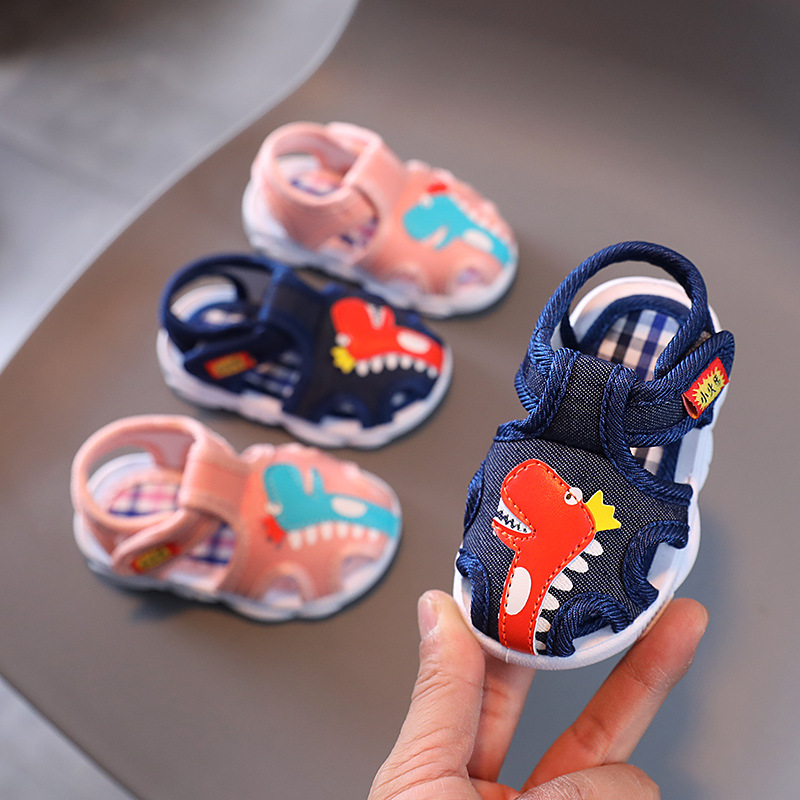 A generation of male baby sandals summer...