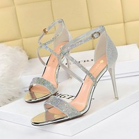 368-2 in Europe and the sexy nightclub show thin fine with high heels peep-toe diamond one word with party shoes summer sandals