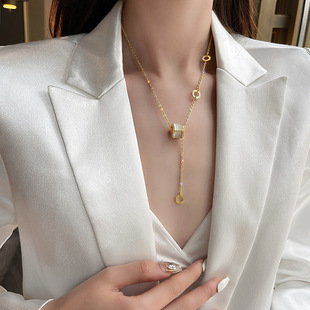 Korean temperament transfer small waist necklace female light luxury niche clavicle chain ins2021 new cold wind necklace