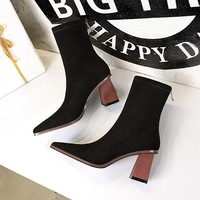 333-12 European and American wind wood with thick with high heel fashion show small square thin suede short boots sexy female boots in winter