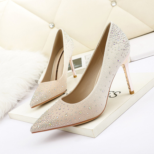 8666-2 in Europe and the sexy pointed shallow mouth high-heeled shoes with diamond fine gradient women's shoes and party shoes