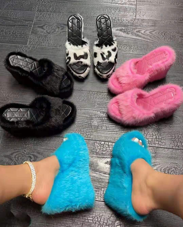 Women's Fall Plus Size Mink Fur Slippers Platform Wedge Heel