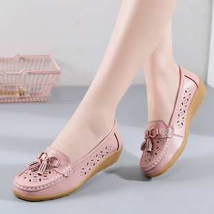 Summer hollow new leather shoes middle-aged and elderly mother shoes women's single shoes peas shoes leather shoes soft bottom wedges shoes