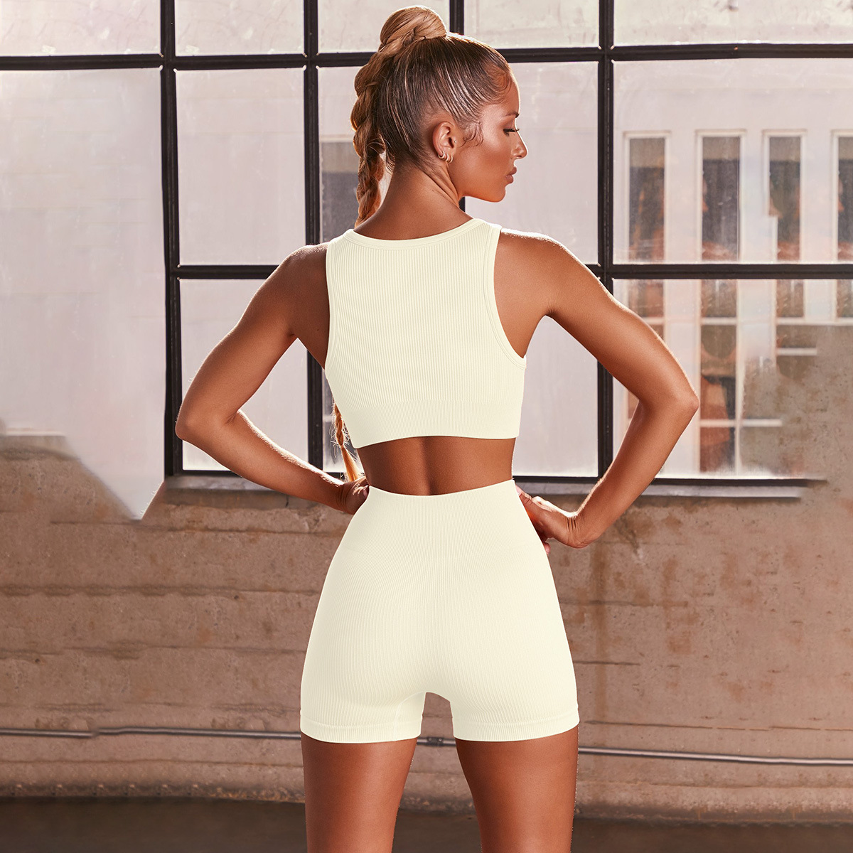 seamless knitted sexy sports short-sleeved shorts yoga set NSNS58159