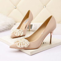 7123-3 han edition fashion pointed shallow mouth high-heeled shoes nightclub show thin and sexy single web celebrity butterfly pearl shoes for women's shoes