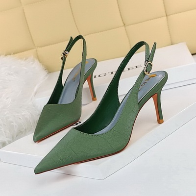 8999-3 the European and American fashion contracted wind restoring ancient ways is the party shoes heel high-heeled stra